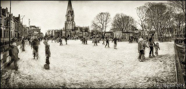 Iceskating in the city square