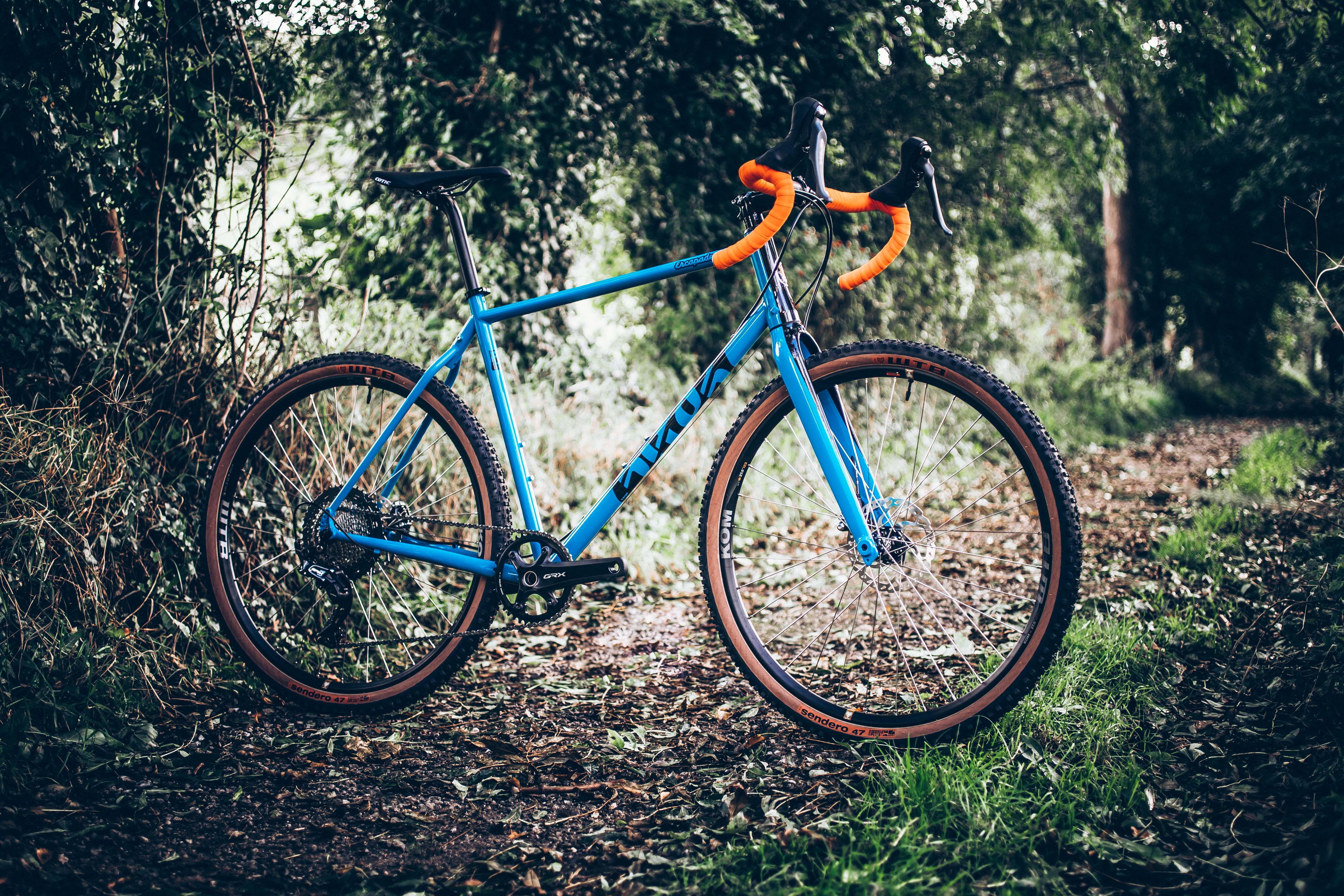 Escapade Platinum GRX Bike