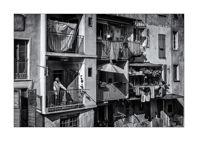 Il y a du monde au balcon !