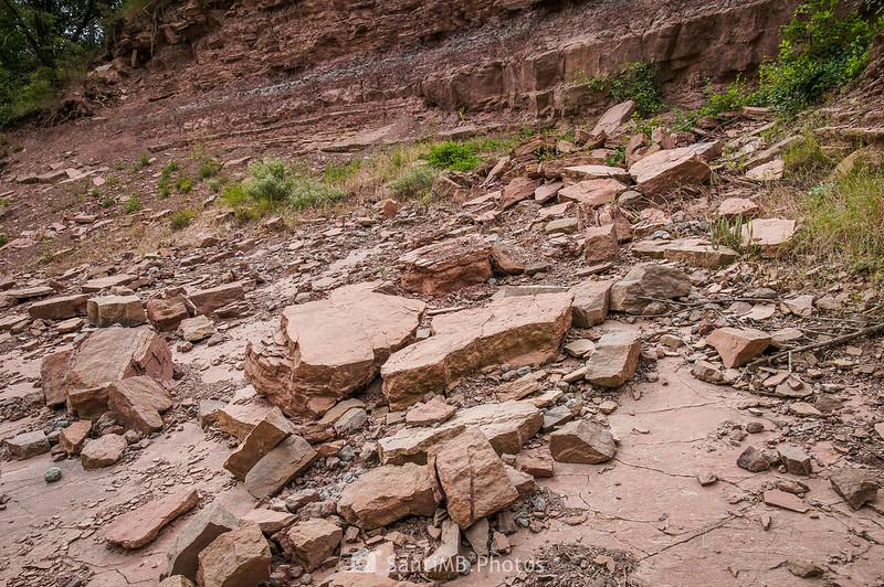 Desprendimientos de rocas cerca de Coaner