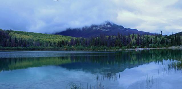 Patricia Lake, Jasper National Park, Alberta - ICE(5)3100-03e