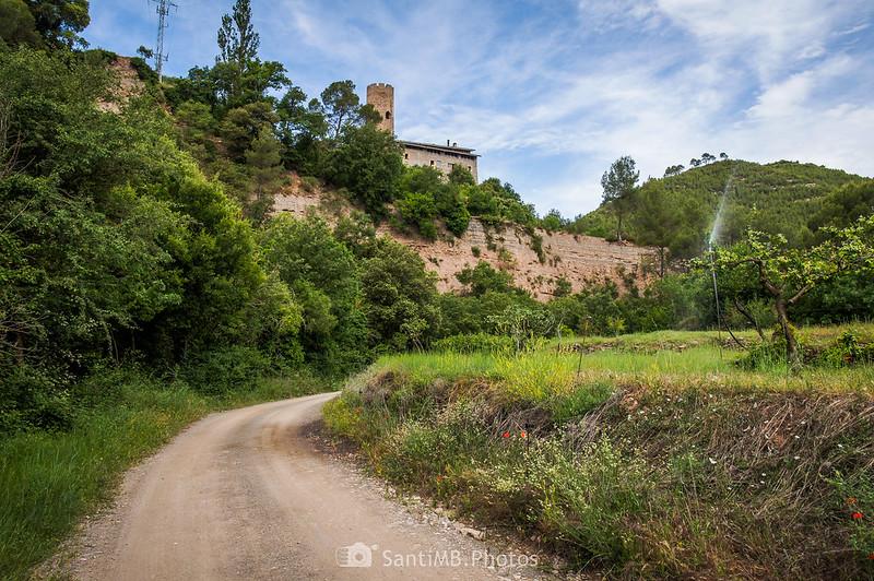 Horts de Can Serra a los pies de la Torre de Coaner