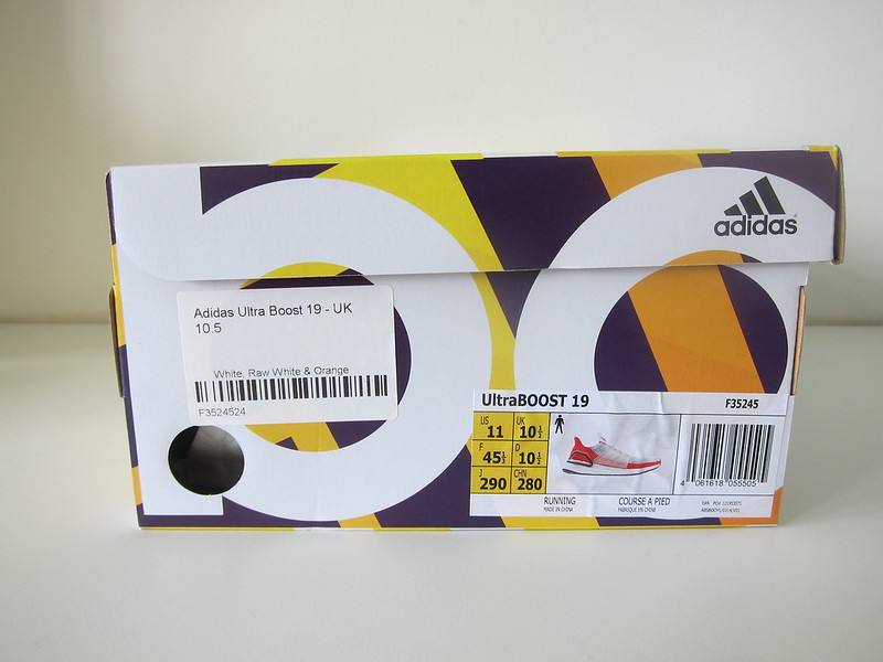 Adidas Ultra Boost 19 - Box Front