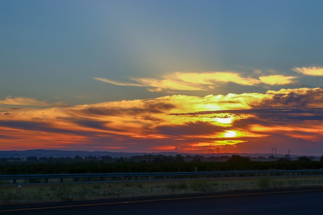 Here is a sunrise I loved seeing earlier this summer over @travelpaso @visitcalifornia I captured with my @canonusa #canon 80D EF 24-105mm F/9.0 60.00mm ISO 100 1/200  As always this & many more photos available for purchase on my @smugmug  #teamcanon #sm
