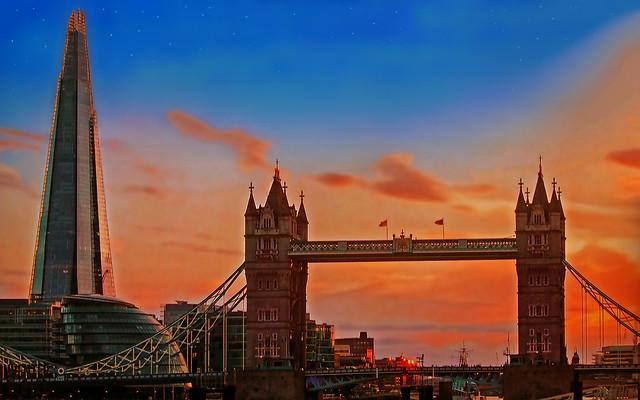 LONDON - Tower Bridge at sunset