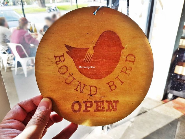 Round Bird Can't Fly Signage