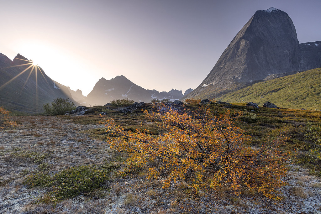 Morning sun in the Klosterdalen - Tasermiut
