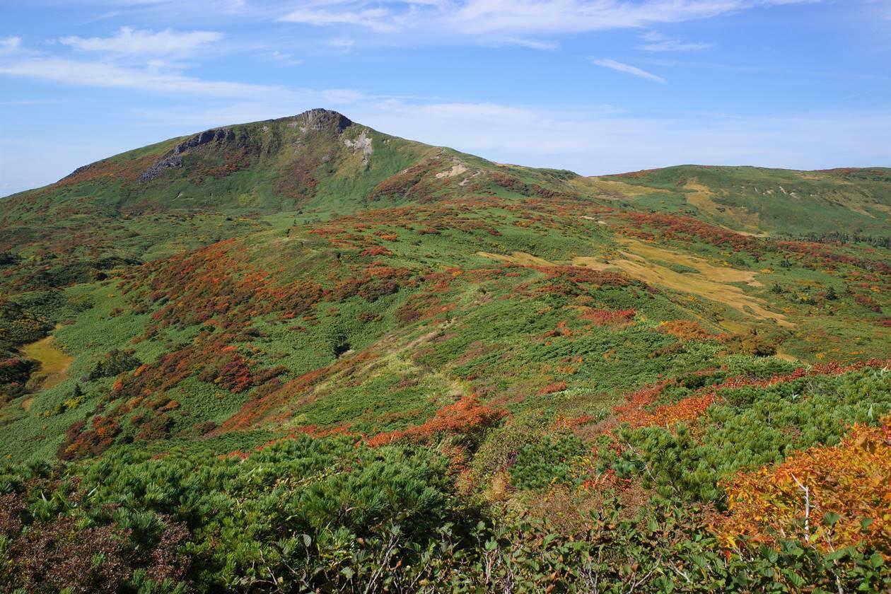 秋田駒ヶ岳~乳頭山 紅葉の縦走登山