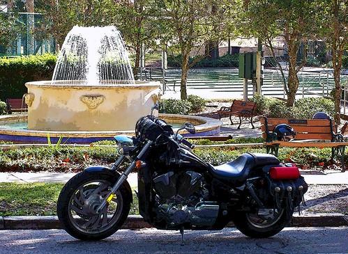 the1312chronicles bike melissa motorcycle fountain fountainofyouth mtdora the1312toeverywhere florida christmastime