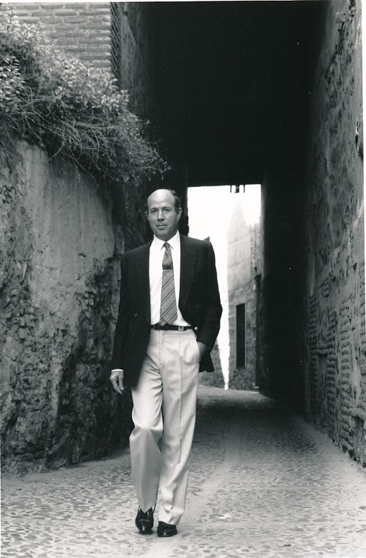 Tomás García del Cerro en los cobertizos. Fotografía de Renate Takkenberg-Krohn