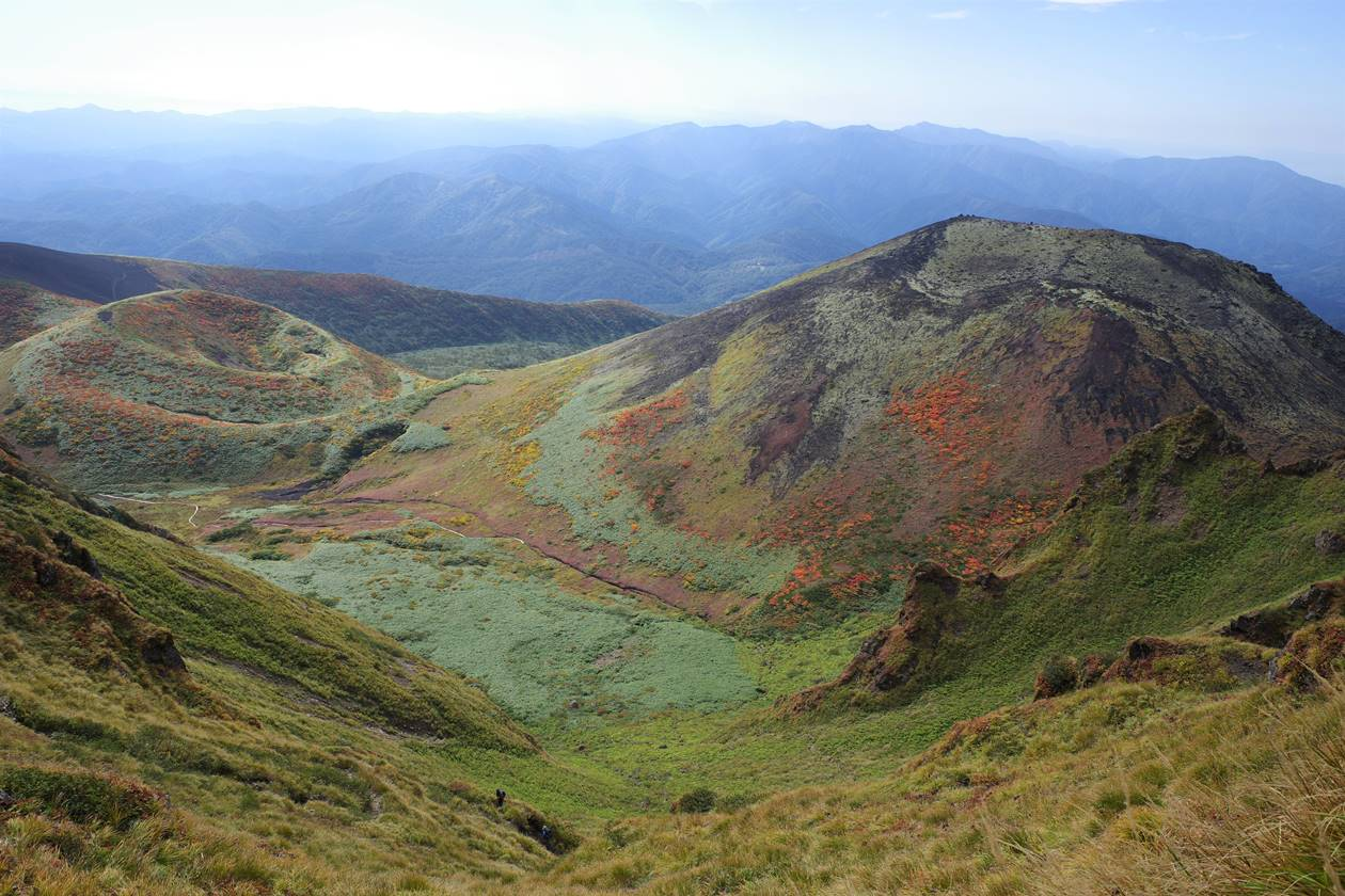 秋田駒ヶ岳 女岳と小岳
