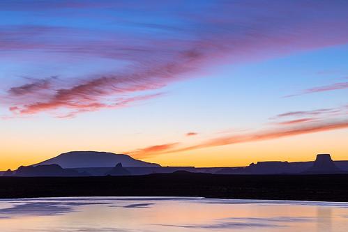 arizona sunrisehues sunrisecolor sunrise lakepowell glencanyonnationalrecreationarea jamesmarvinphelps jamesmarvinphelpsphotography