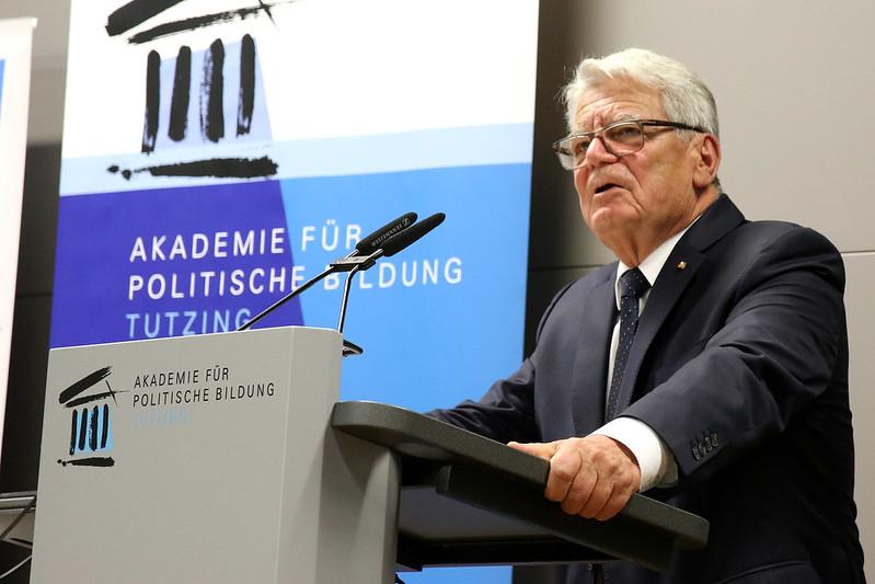 Akademiegespräch am See mit Bundespräsident a.D. Joachim Gauck: 30 Jahre Friedliche Revolution