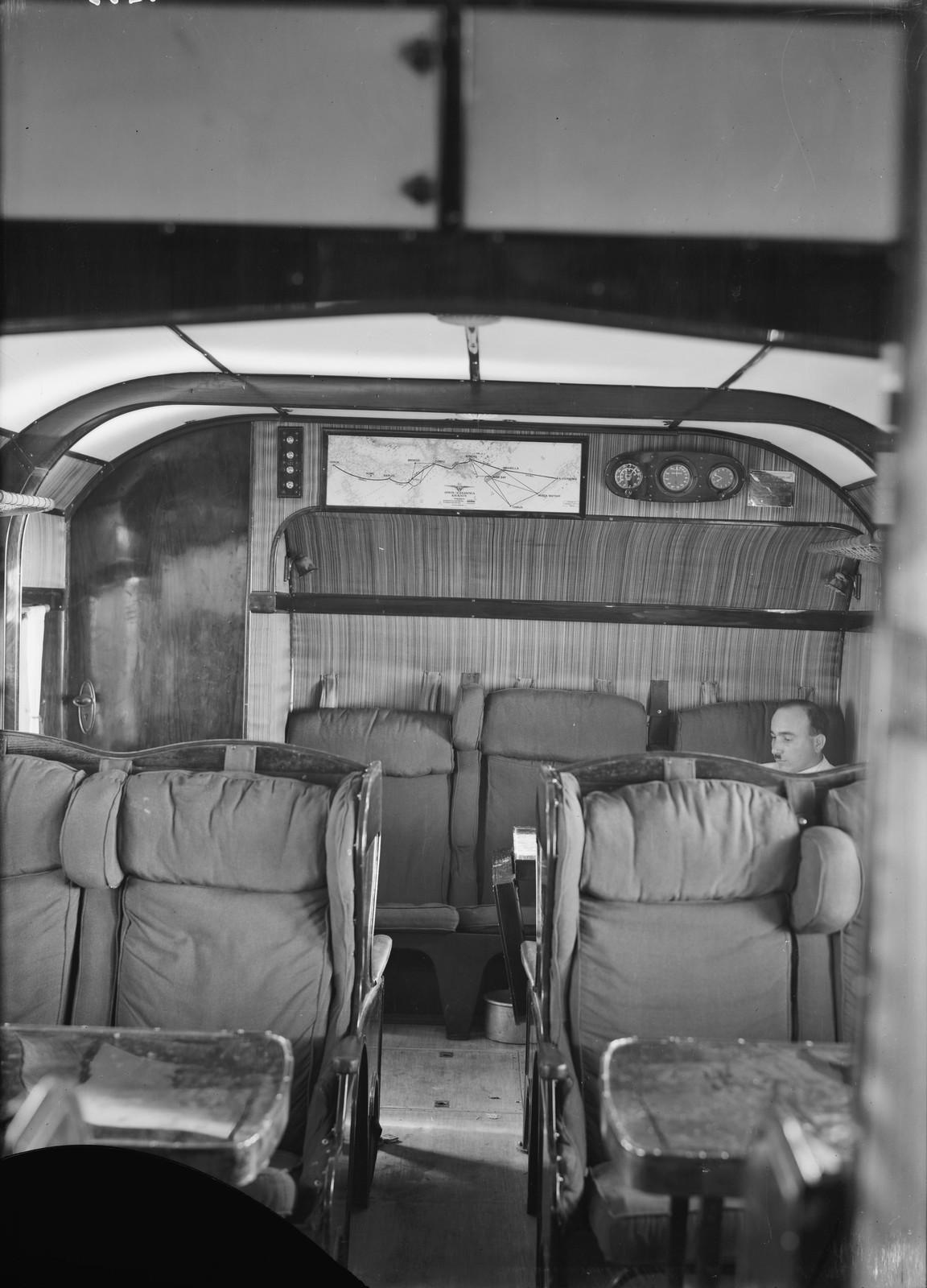 09. Пассажирский салон летающих лодок. Роскошный интерьер