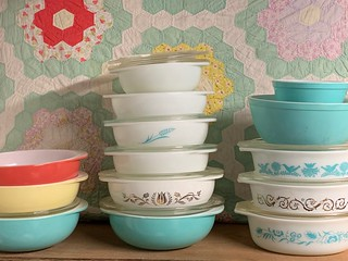 I came home from the swap and played with my Pyrex. See the new Blue Wheat 023. It is so wonderful and I never thought I would find one.