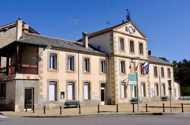 Bourg-Madame