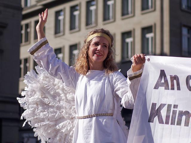 Climate Demonstration Berne 04