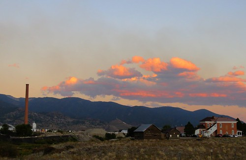 smeltertown smelter salida colorado rural clouds sunset mountain mountains arkansasriver mtouray statewildlifearea swa chaffeecounty backroad