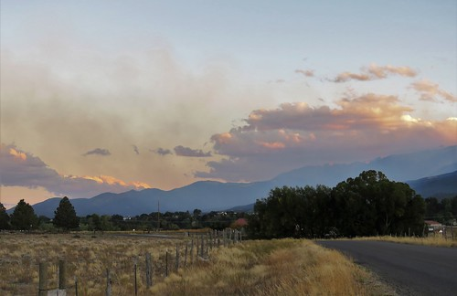 decker wild fire wildfire mountain methodist cloud smoke road rural salida colorado pathscaminhos chaffee county backroad sunset mountains sangredecristo