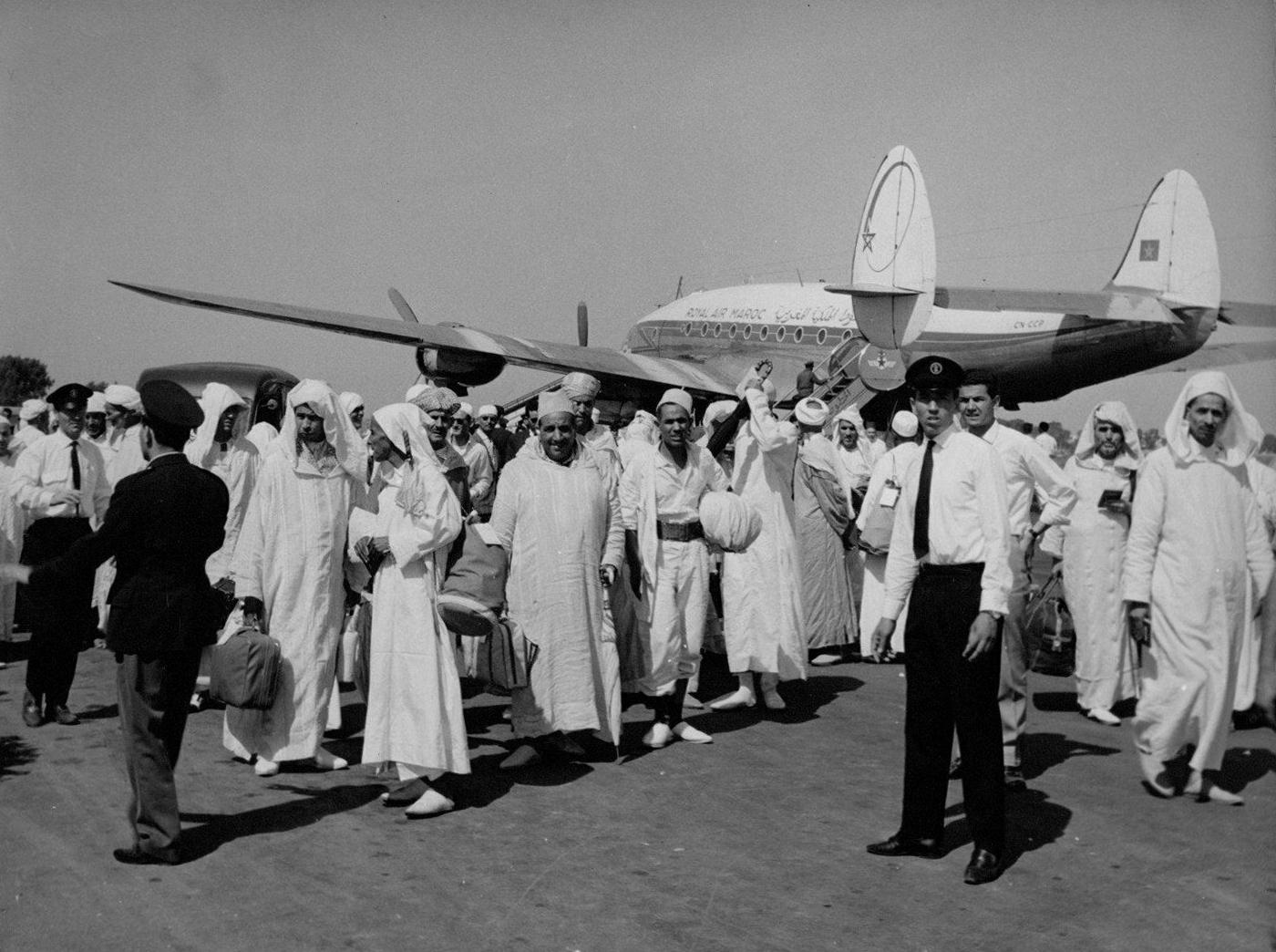 Anciens avions de la RAM - Page 4 48812105411_d4671ac9da_o