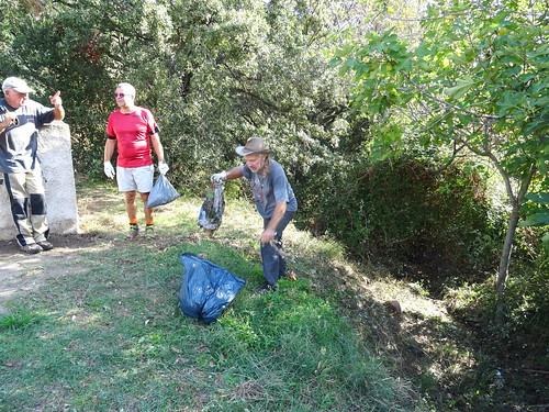 Nettoyage vers le cimetière de Taddu Russu