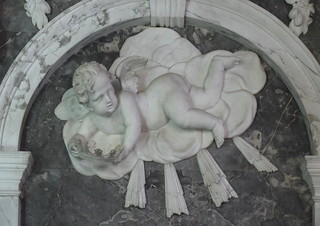 cherub woth a crown of glory for Edward Coleman (1740s)