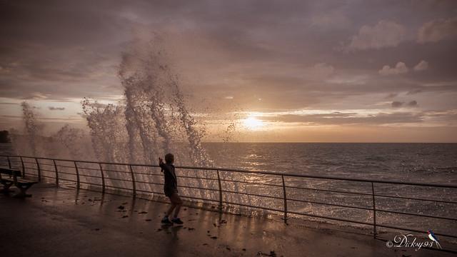 Jouer avec les vagues