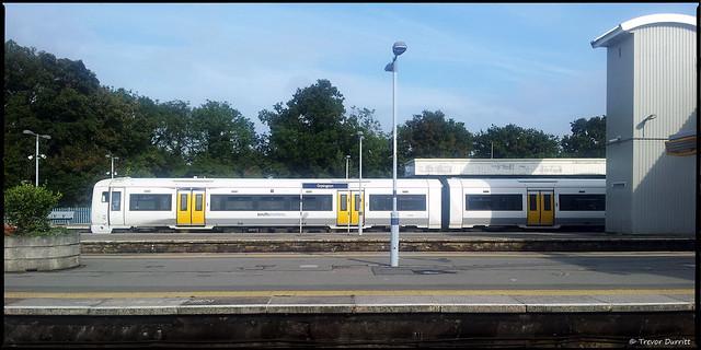 Orpington Railway Station, England 20131002_150129