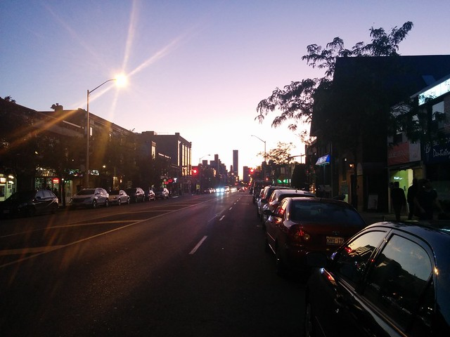 Looking west, Danforth #toronto #thedanforth #danforthavenue #evening #sunset #skyline