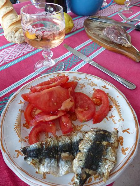 sardines et tomates