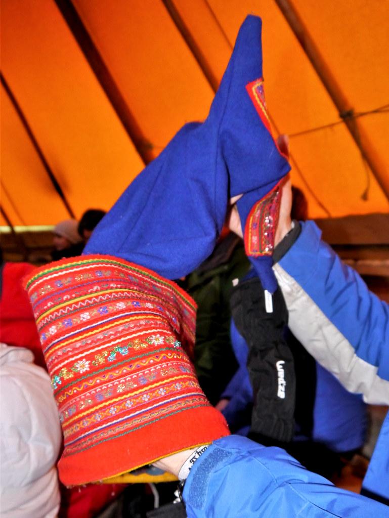 Tradycyjna czapka Saamów