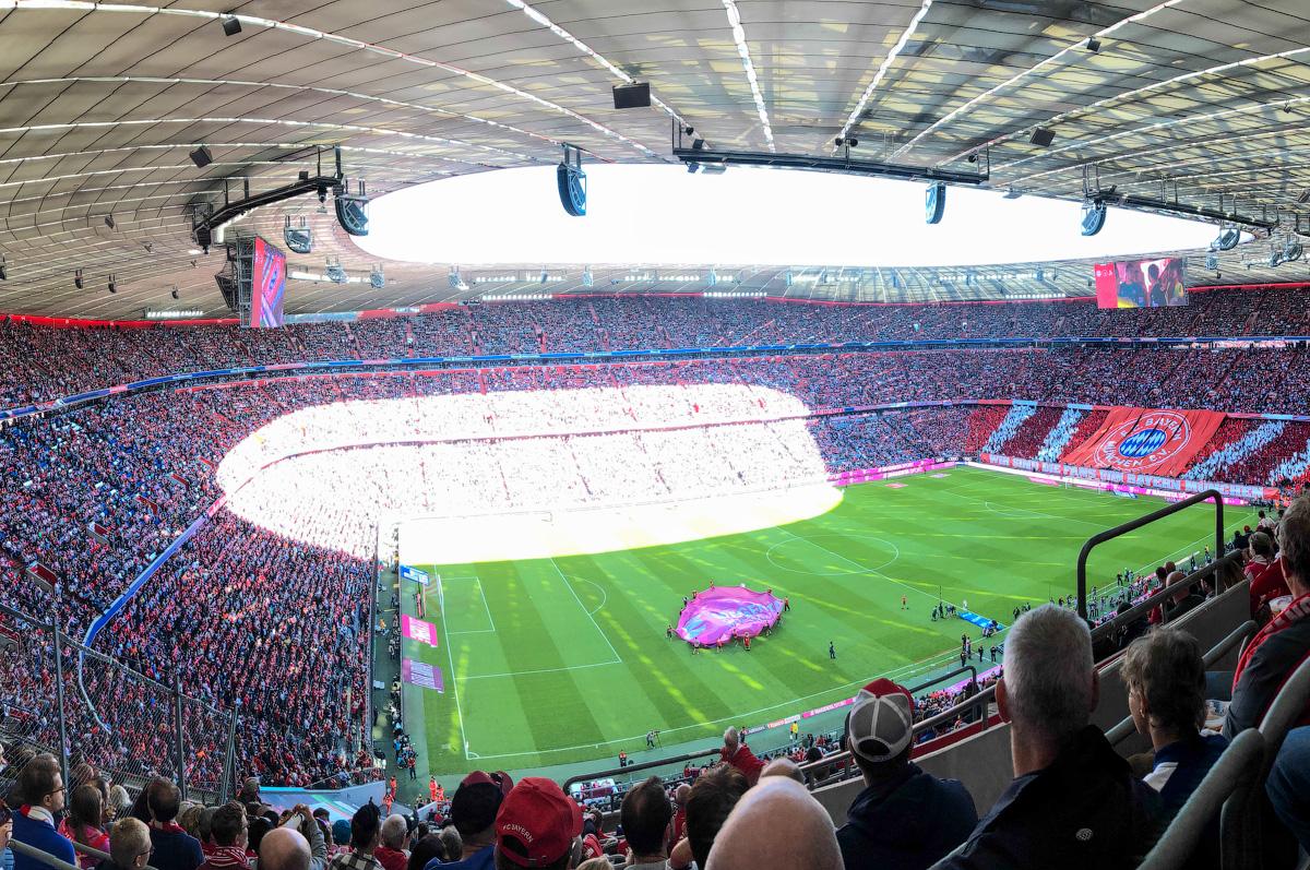 Allianz-Arena-(2)