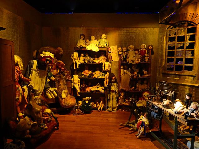 American Scream Halloween Selfie Museum - Tysons, Virginia (2)