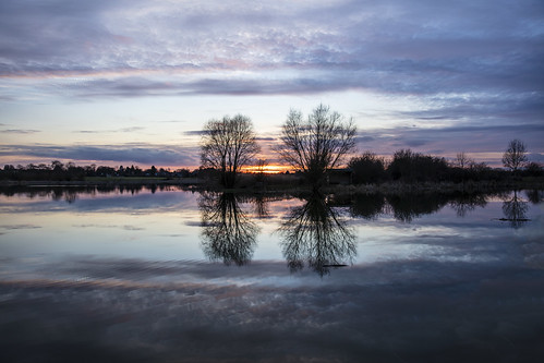 canon5dsr landscape waterscape lake water reflection clouds sky trees nature outdoors outside uk cambridgeshire