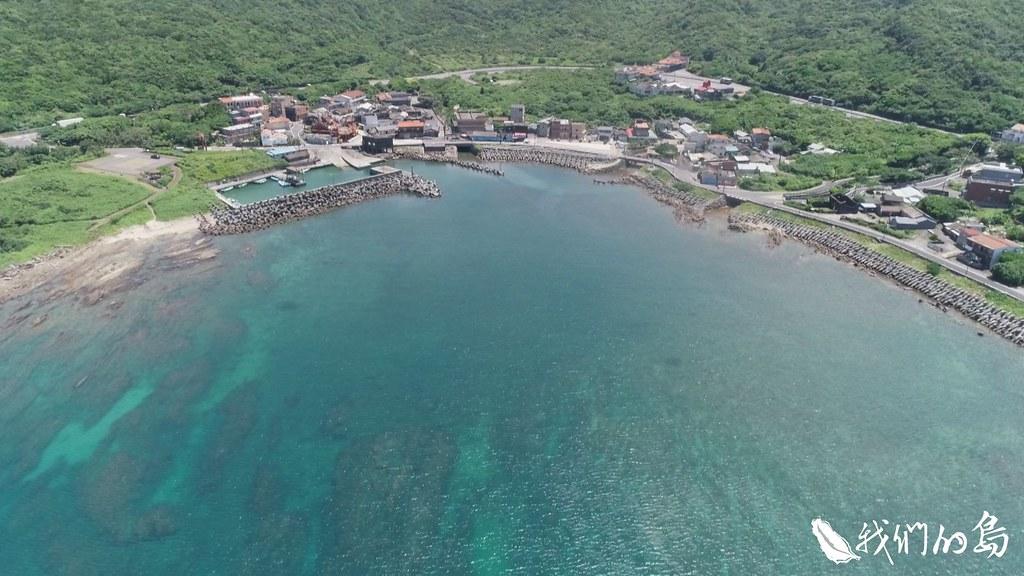 內政部營建署的都市計畫,在卯澳灣規劃了遊艇碼頭,但卯澳灣位在貢寮保育區範圍內。