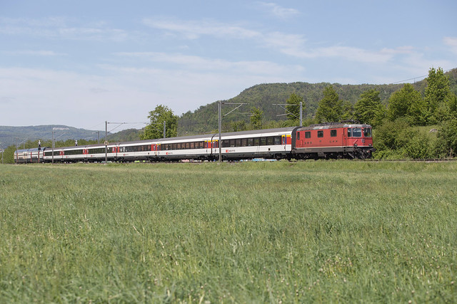 SBB Re 4/4 420 127 Sissach