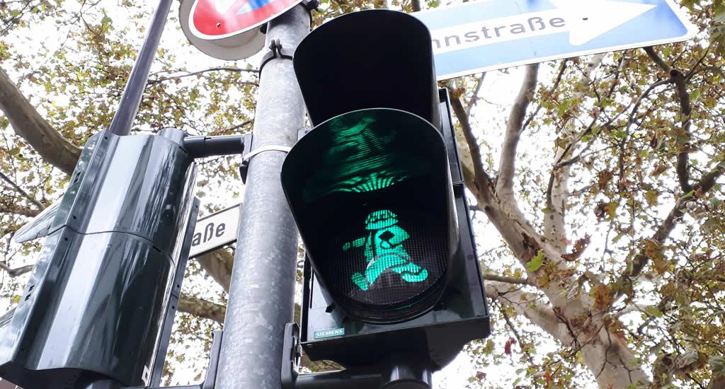 Karl Marx stoplichten in Trier, Duitsland | Mooistestedentrips.nl