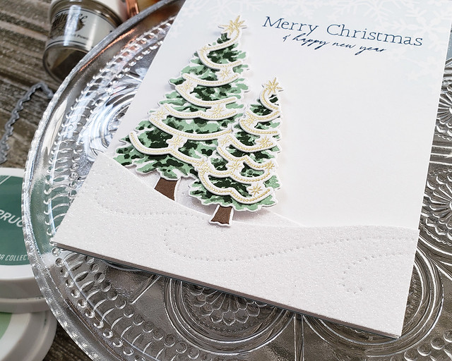 LizzieJones_TheGreetery_October2019_Fir&Foliage2_TreeTrimmings_DriftingDie_FrostyFlakesStencil_MerryChristmasCard2