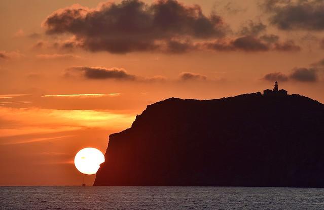 El dragon se comio el sol. Isla Dragonera (Mallorca)