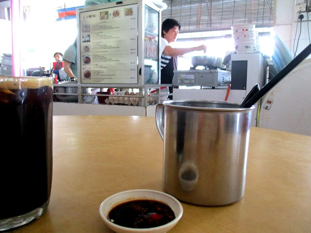 Hee's Food Corner mee sua stall