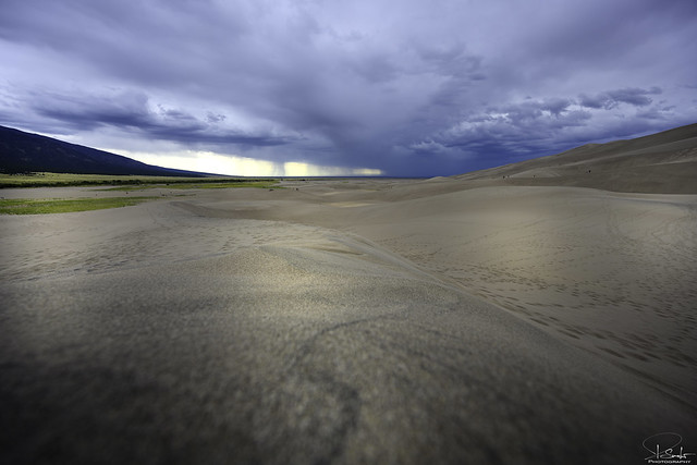 Thunderstorm approaching in Great-Sand-Dunes-Nationalpark - Colorado - USA