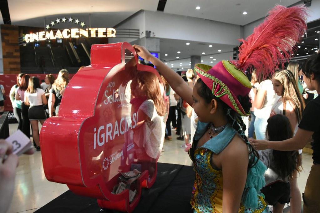 2019-09-30 GOBIERNO: Expo Solidaria en Paseo San Juan y Patio Alvear