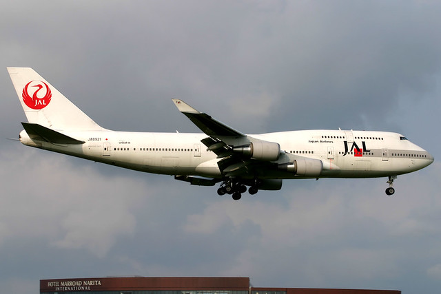 Japan Airlines   Boeing 747-400   JA8921   Tokyo Narita