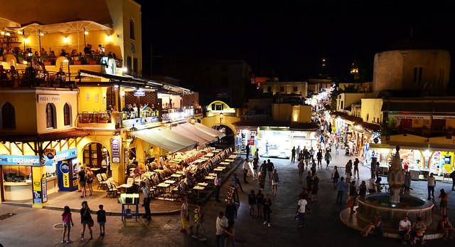 Rhodes la nuit  -  Rhodes by night