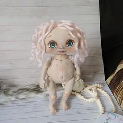 Loreta - doll