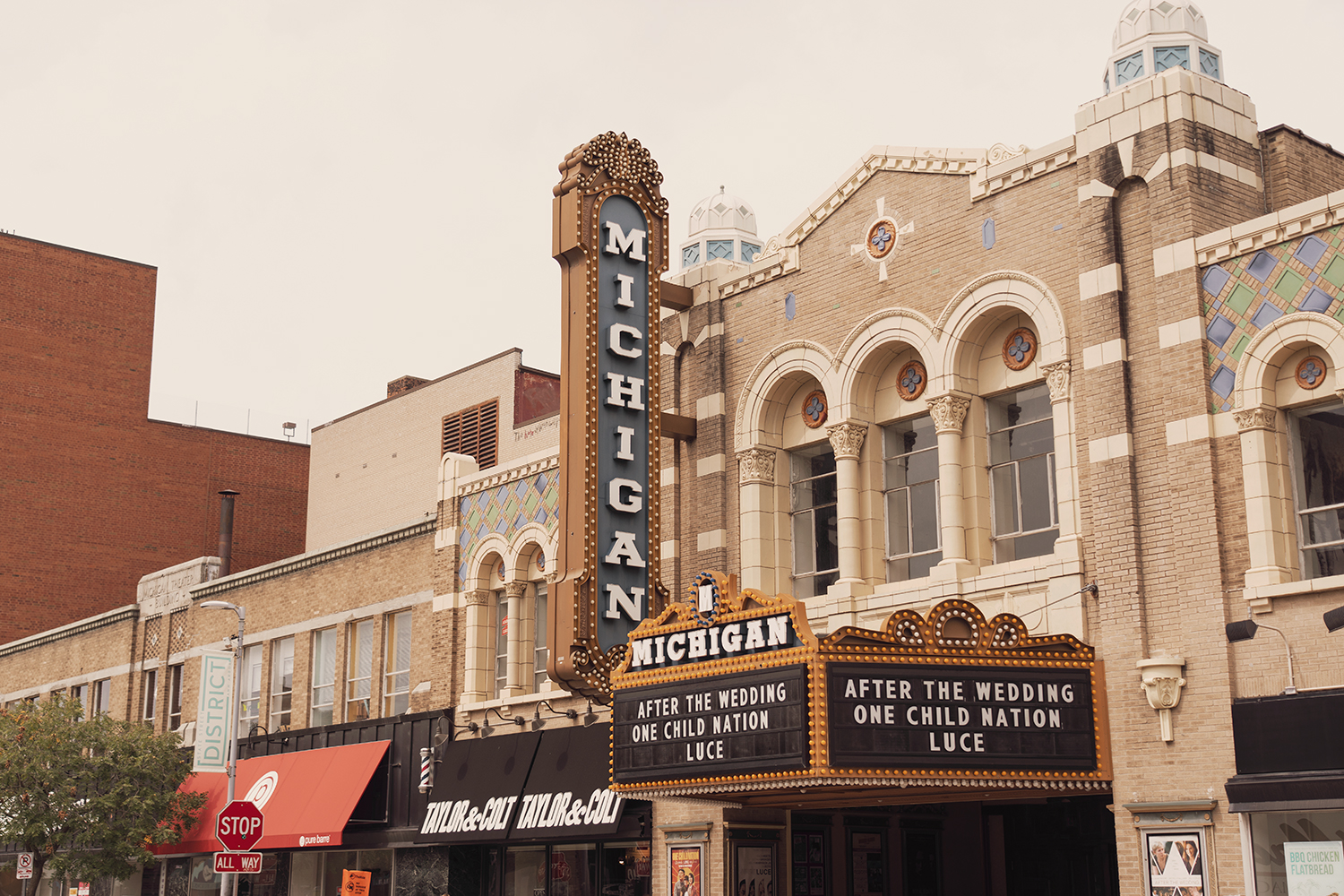 01michigan-annarbor-downtown-theater-landmark-travel