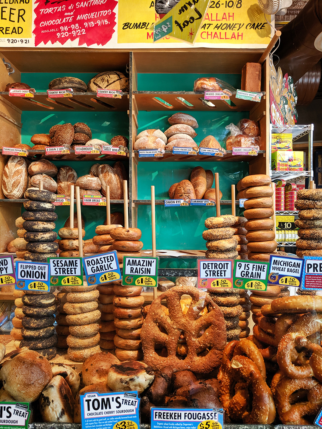 15michigan-annarbor-zingermans-deli-bagel-bread-food-travel