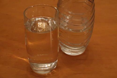 Aufgesprudeltes Wasser