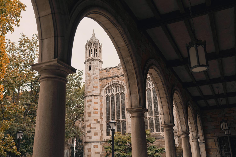 02michigan-annarbor-universityofmichigan-lawquad-architecture-travel