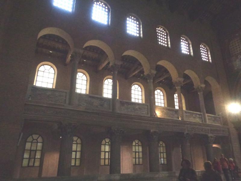 025-стены базилики Пелагия